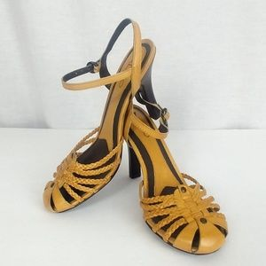 Aldo size 7 Goldenrod Strappy Sandal Heels